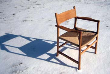 070115shunsuke_chair.jpg