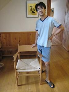 070920syunsuke_chair.jpg